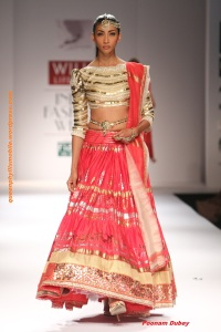 Poonam Dubey spring and summer 2015